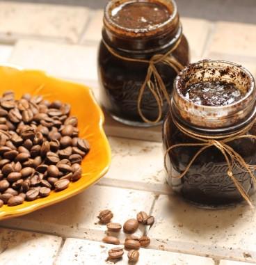 Organic-coffee-body-scrub-e1420558674127.jpg